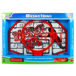 לוח כדורסל עם כדור ומשאבה